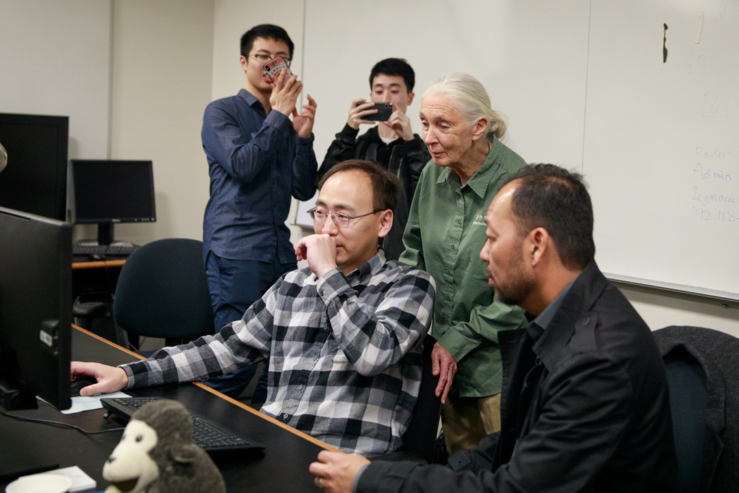 Jane Goodall viewing the Image Analysis results