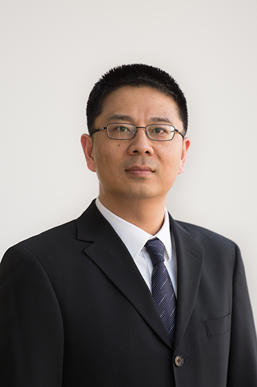 Photo of Professor Howie Huang