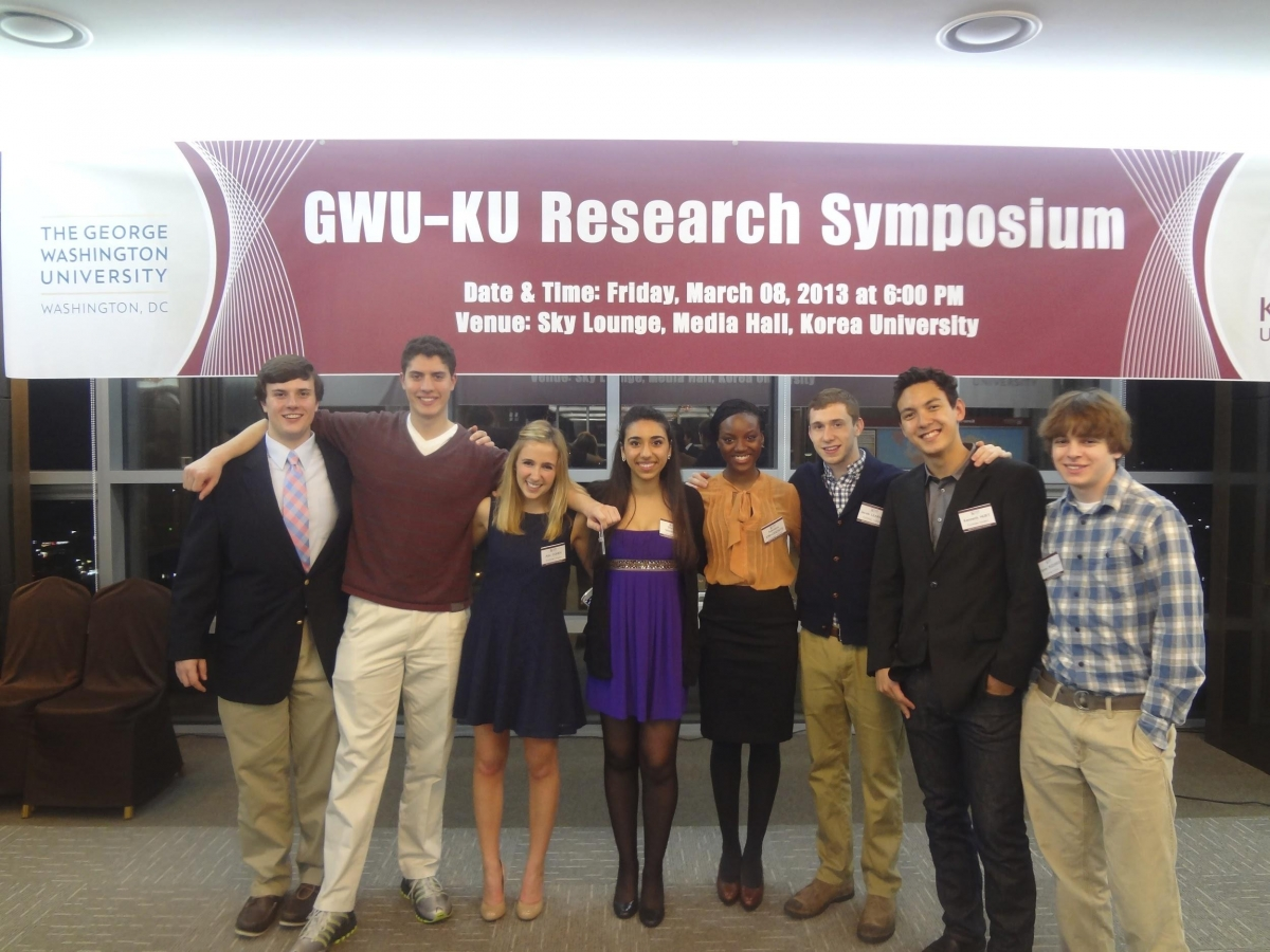 Photo of Korea University Study abroad students at the research symposium